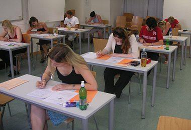16 Awesome Final Exam Hacks