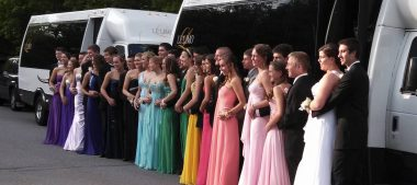 How To Choose A Great Limo for Prom