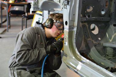 Auto Boy Repair Technician